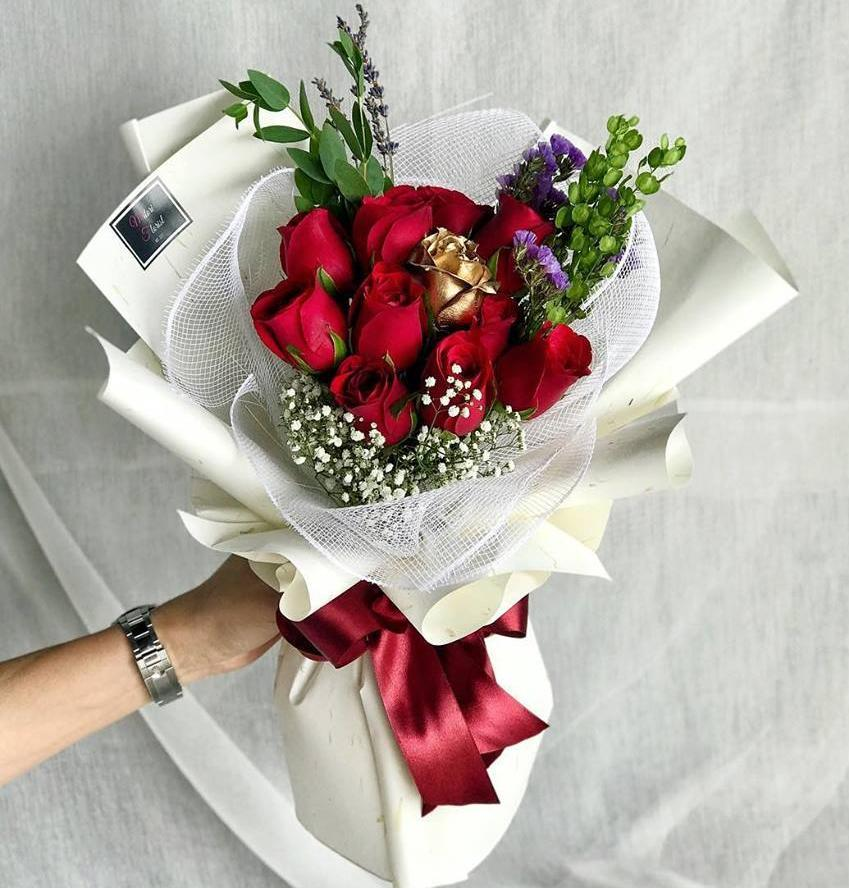 The Midas Roses Bouquet Ipoh Delivery Only