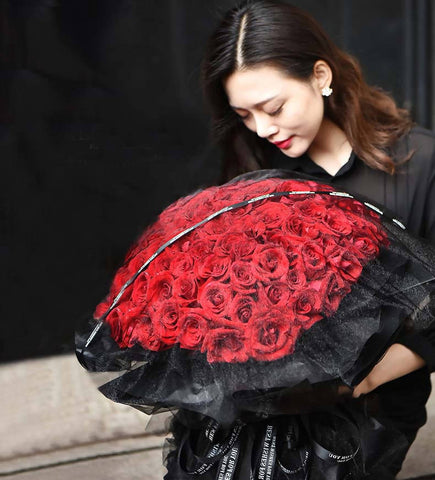 Giant Majestic Black Lace Red Rose X 99 Bouquet