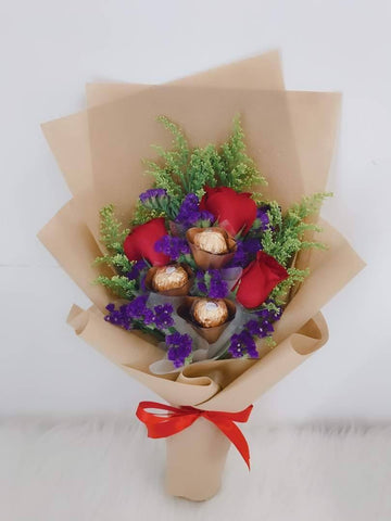 Red Rose With Ferrero Rocher Bouquet (Valentine's Special)