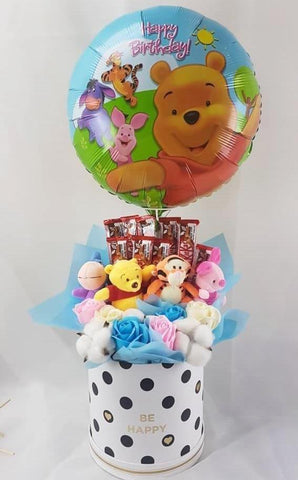 Pooh Family Box with Soap Roses & Chocolates