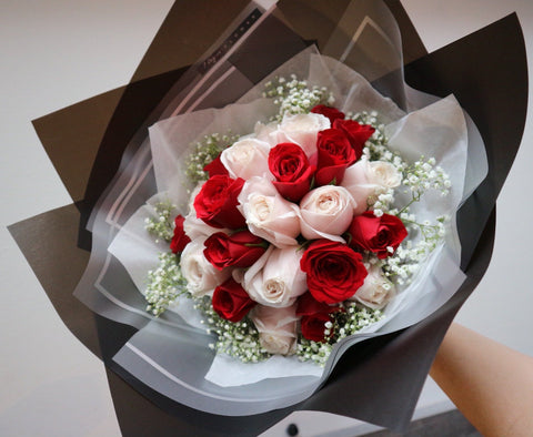 Mixed Roses Flower Bouquet (24 stalks)