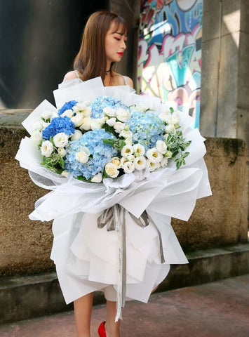 Giant Majestic Hydrangea Alice Blue Bouquet