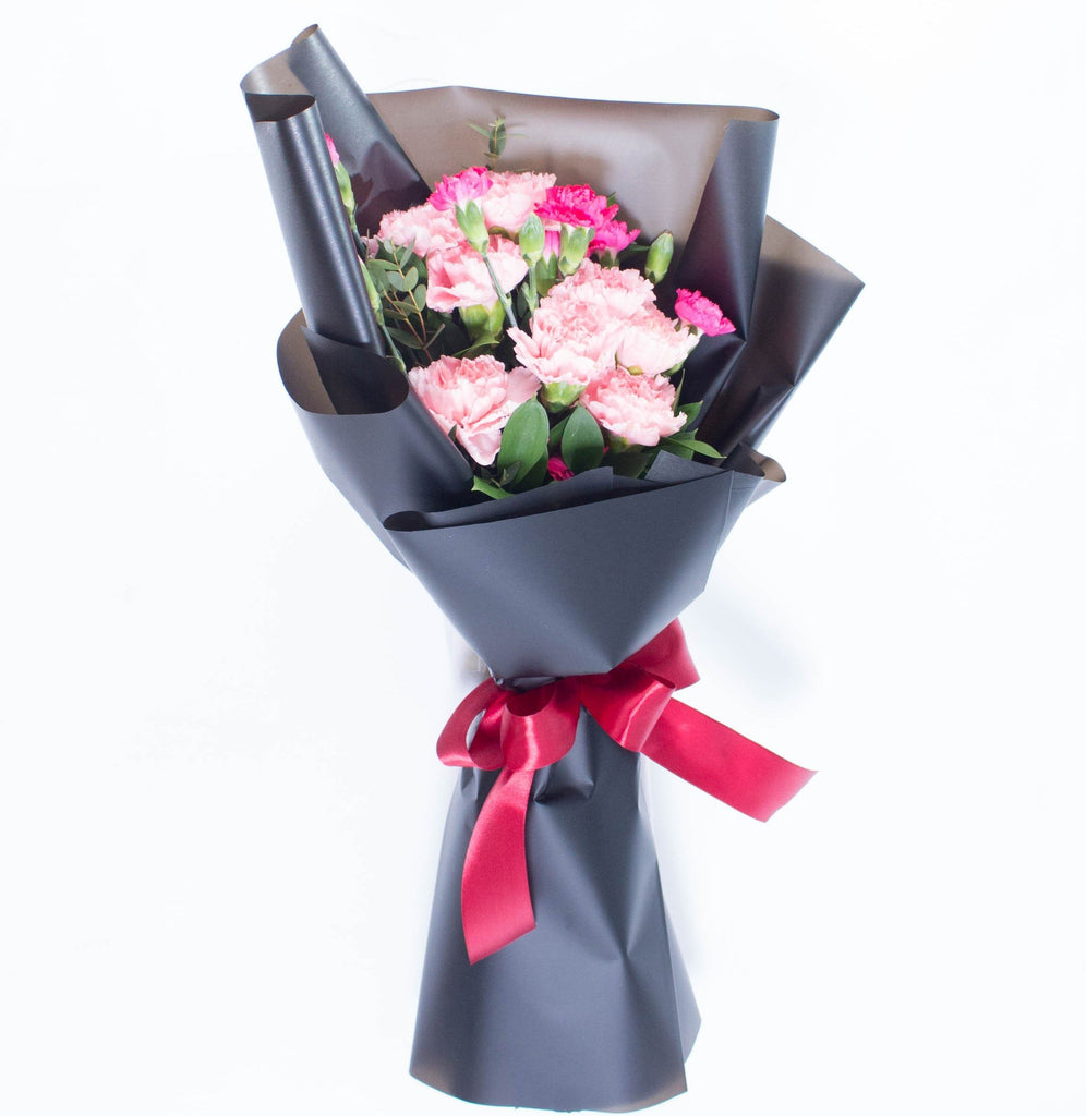 Carnation Hand Bouquet 8 (Mother's Day Special)