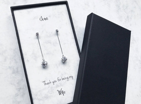 Dangling Diamante Earrings (Pre-order 15 to 25 working days)