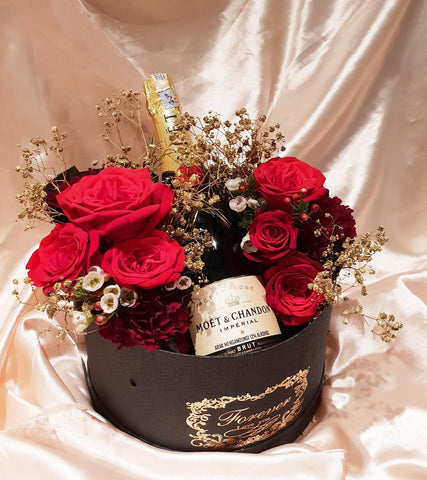 Red Rose Wine Romance (Moet Imperial) Flower Box