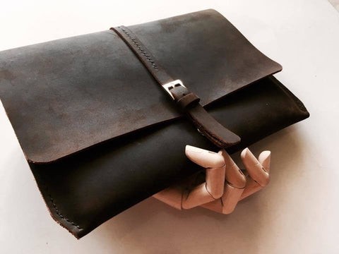 InStyle Ipad/Man Clutch