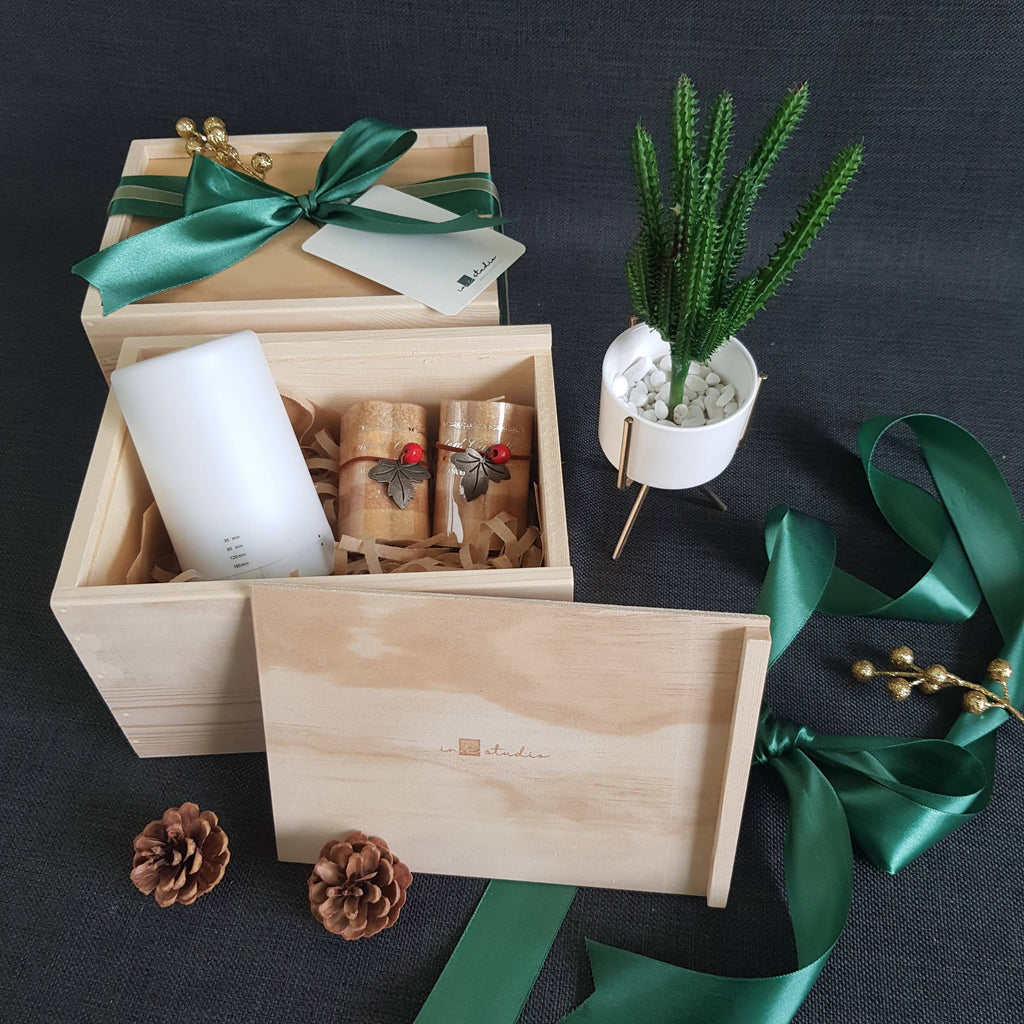 Christmas 2018 Gift Box - XM07 (Nationwide Delivery)
