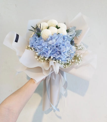 Azul Hortensia - Flower Bouquet (Johor Bahru Delivery only)