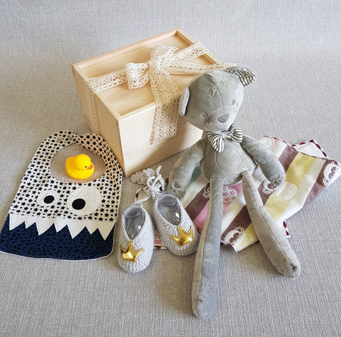 New Born Baby Gift Box - BM01 (Nationwide Delivery)