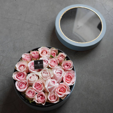 Pink Roses Bloom Box (Penang Delivery only)