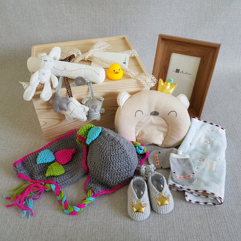 New Born Baby Gift Box - BXL03 (Klang Valley Delivery)