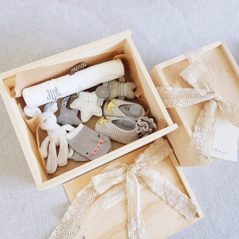New Born Baby Gift Box 06 (Klang Valley Delivery)