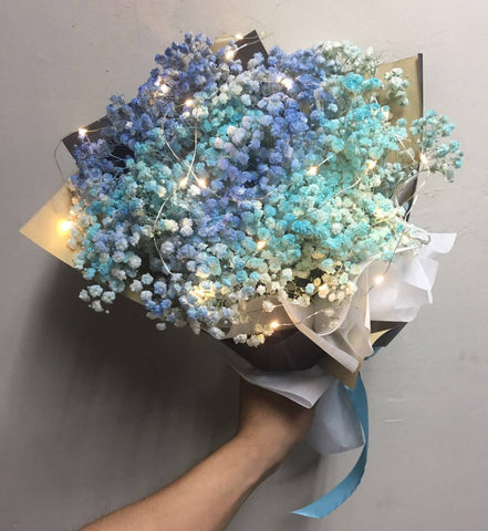 Pieno Di Blu - Baby Breath Flower Bouquet (Johor Bahru Delivery only)