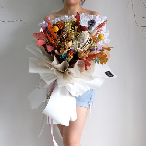 Davi Coloured Dried Flowers Bouquet