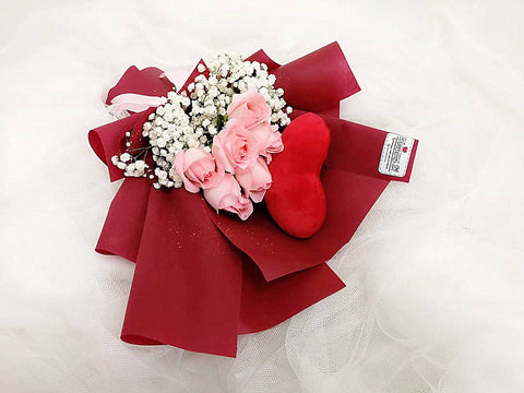 Roses with Mini Heart Pillow Bouquet With Baby Breath (Valentine's)