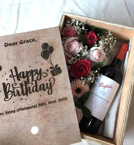 Gift Flower and wine customized Box (Kota Kinabalu Delivery Only)