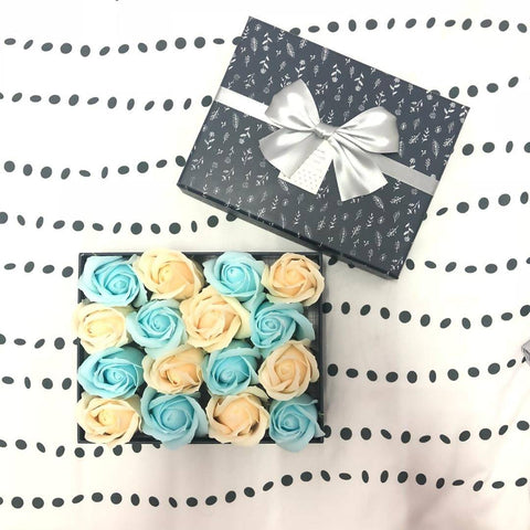 Gift Box with 16 Scented Soap Roses - Tiffany Blue & Beige