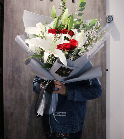 Oversize White Lilies with Red Roses Flower Bouquet