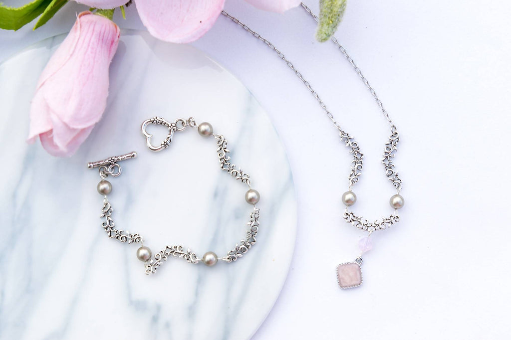 Spring in Grey Necklace and Bracelet Set