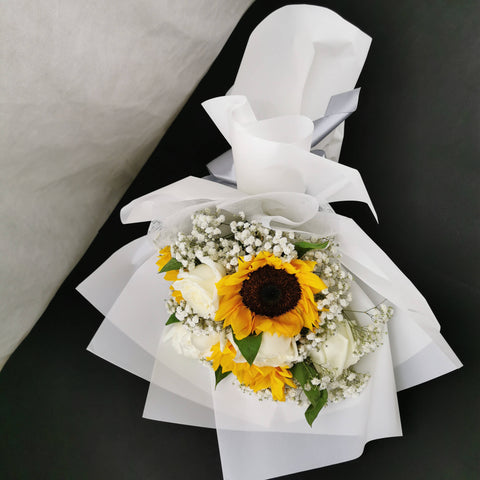 Flower Bouquet 25 - Sunflower Roses Bouquet
