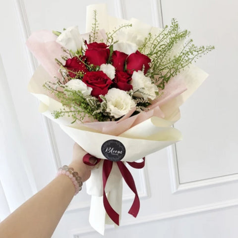 Korea Style 27 Flower Bouquet (Kuala Lumpur Delivery Only)