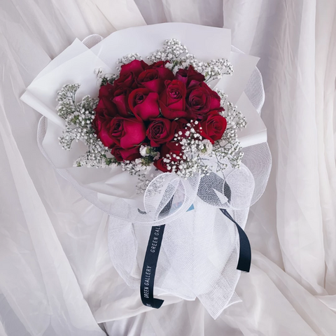 Red Rose Bouquet 3  (Kuching Delivery Only)