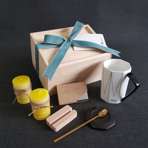 Working Space Gift Box - OM03 (Klang Valley Delivery)