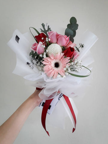 Sto Meglio Grazie A Te - Flower Bouquet (Johor Bahru Delivery only)