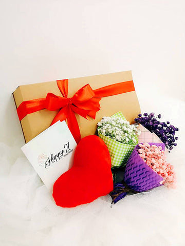 Mini Baby Breath Gift Box (Valentine's Special)