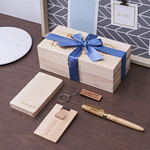 Personalized Wooden Office Gift Set (4-6 Working Days) - Father's Day