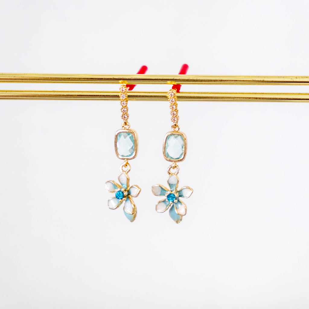 Little Blue Flower Gold Earring