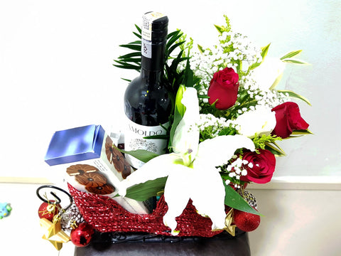 Merry Christmas Sleigh ( Wine, Chocolates & Flowers)