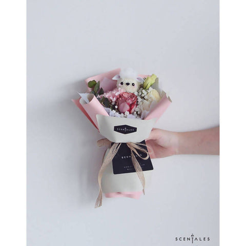 Wooly The Sheep Petite Flower Bouquet