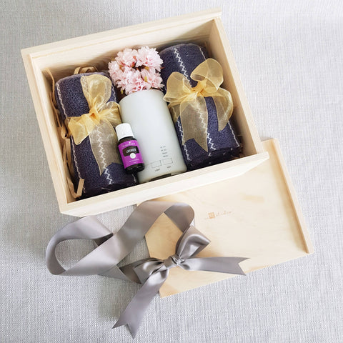 PINE WOOD AIR DIFFUSER GIFT SET 12 (Klang Valley Delivery)