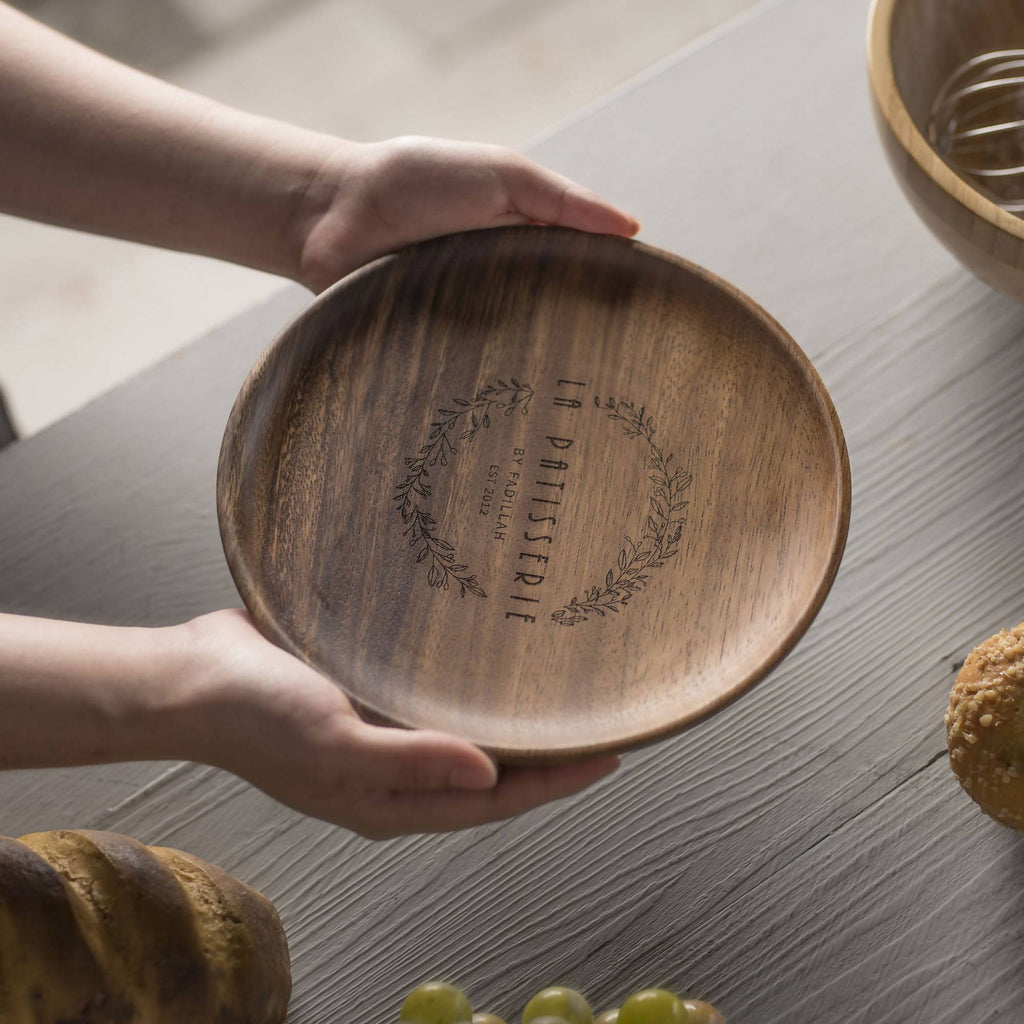 Personalized Luxury Acacia Wood Plate Set (2pcs) (4-6 working days)