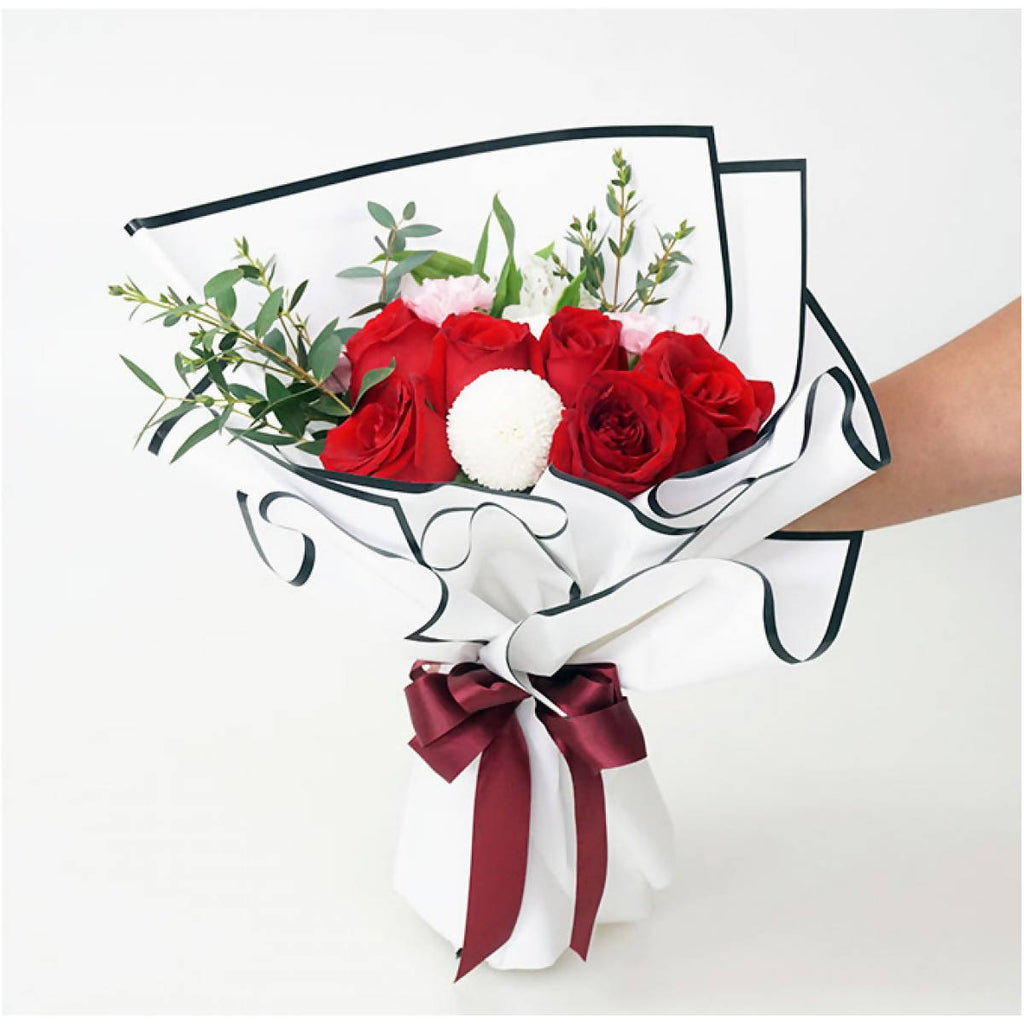 Damara Hand Bouquet