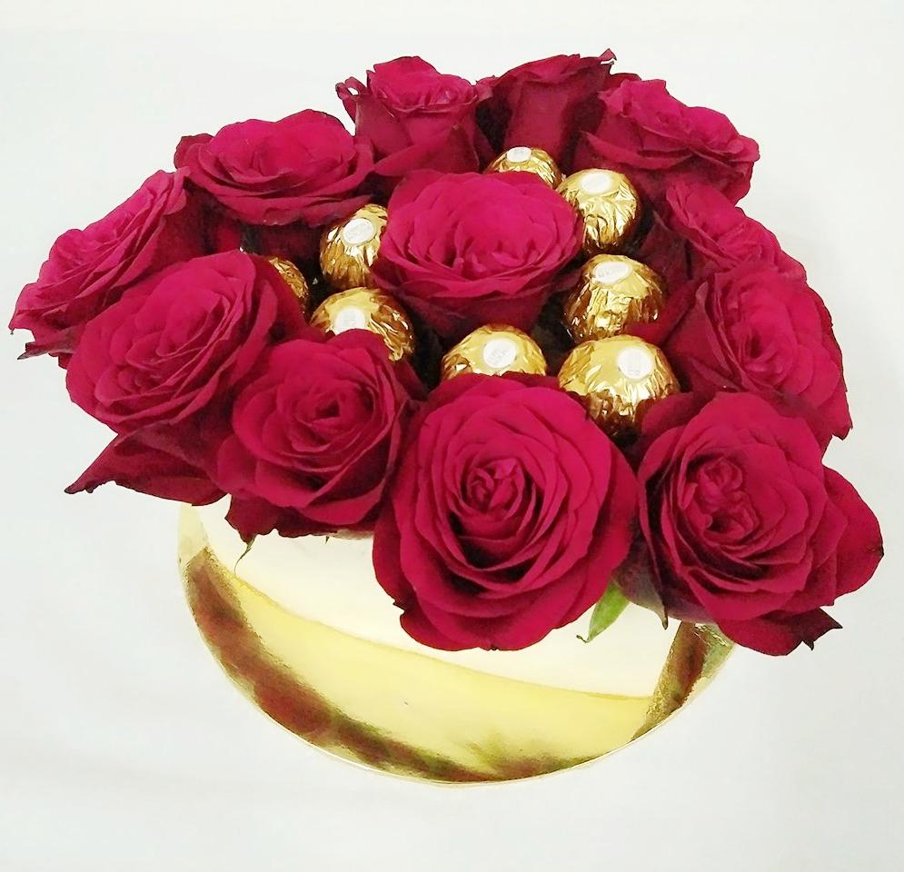 Treasured Love Floral Cake with Ferrero