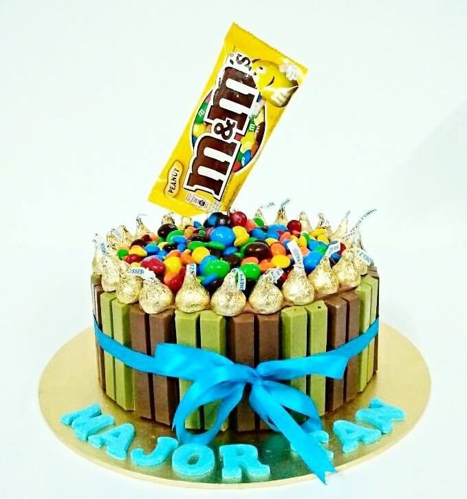 Kitkat, Kisses and M&M Cake | Giftr - Malaysia's Leading Online Gift Shop