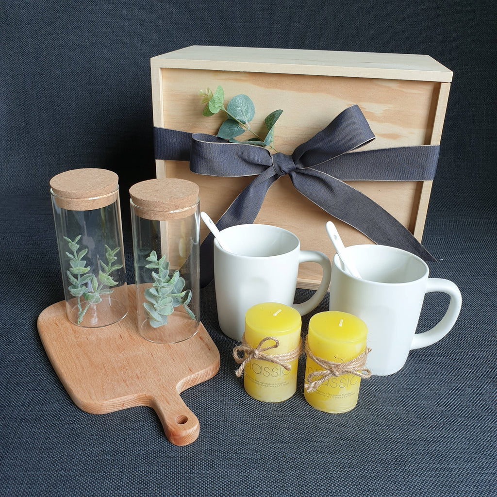 HOUSE WARMING GIFT SET 12 (Klang Valley Delivery)