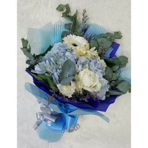 Hydrangea with White Gerbera and Roses Bouquet