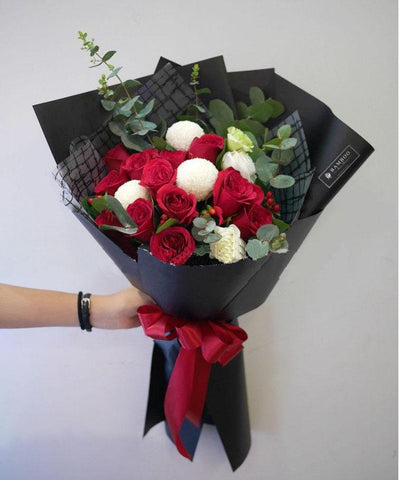 Red Originality Roses Mix Ping Pong Bouquet (Penang Delivery only)