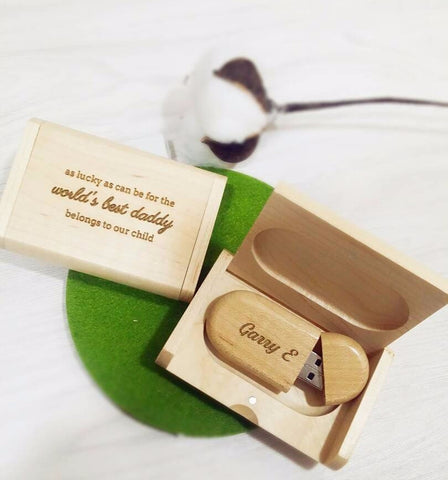 Personalized USB Drive with Wooden Box (4-7 working days)