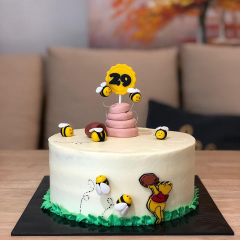Winnie The Pooh Cake (Kota Kinabalu Delivery Only)