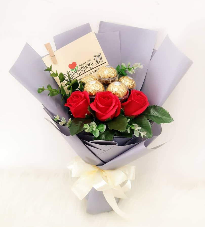 Red Soap Rose With Ferrero Rocher Bouquet