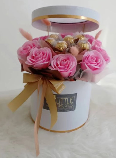 Soap Rose Mix Bloom Box (Negeri Sembilan Delivery only)