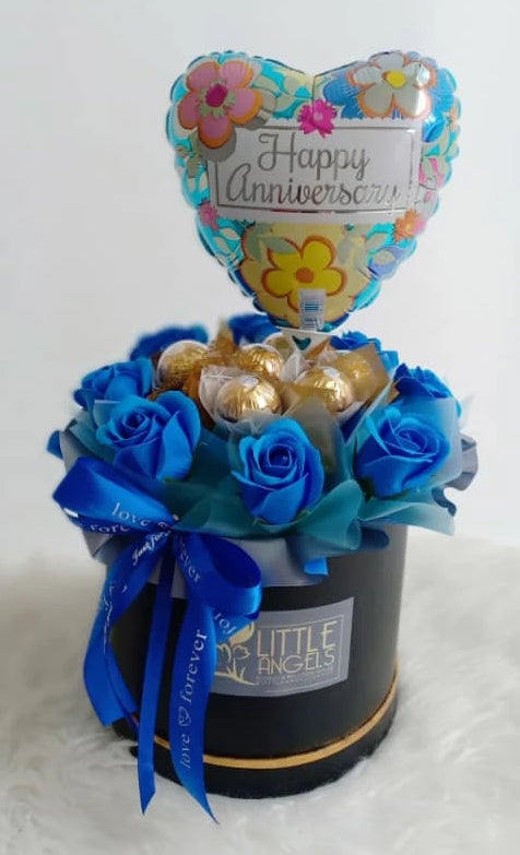 Soap Rose Bloom Box with Foil Balloon (Negeri Sembilan Delivery only)