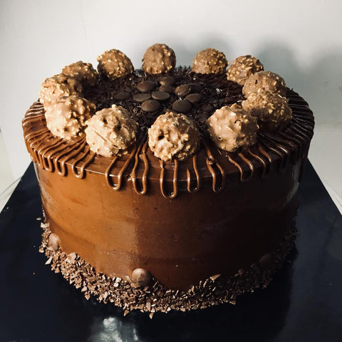 Forrero Rocher Chocolate Cake (Negeri Sembilan Delivery Only)