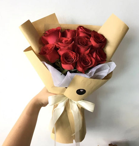 Red Rose Wrapped Flower Bouquet (Kota Kinabalu Delivery Only)