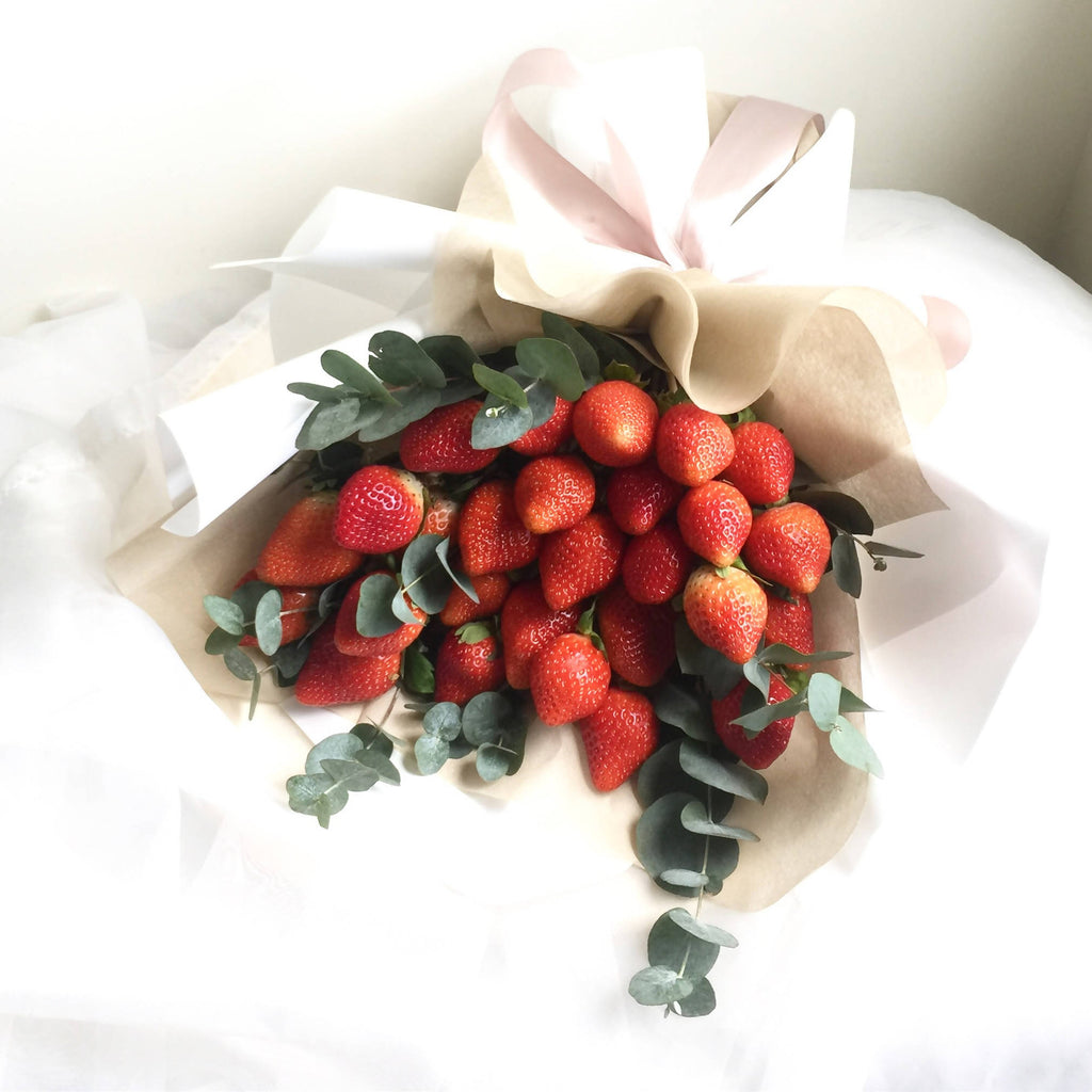 Strawberry Bouquet Giftr Malaysia S Leading Online Gift Shop