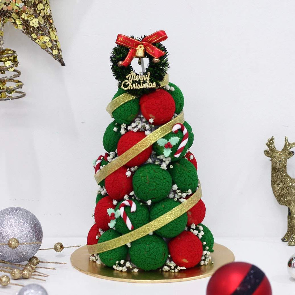 Christmas Tree Croquembouche Tower